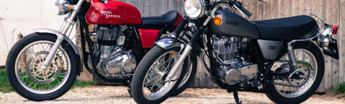 Klassiker Vergleich – Royal Enfield Continental GT vs Yamaha SR400 (1000ps.at)