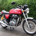 Royal Enfield Continental GT 535 in rot